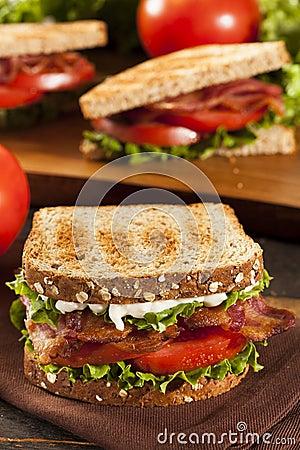 Sandwich Fait Maison Frais à BLT Image stock - Image: 32979321