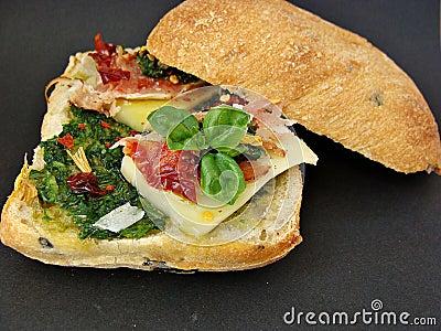 Sandwich with pesto