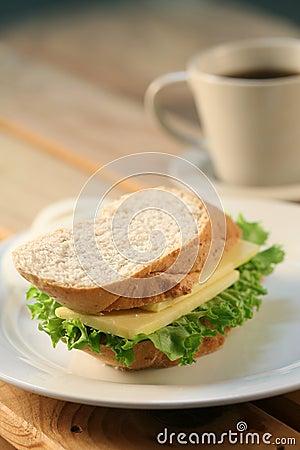 Sandwich & tea