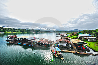 Sangkhlaburi för hdrraftflod