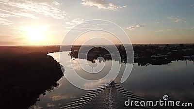 Sanktuarium zatoczka, zakazująca społeczność w przedmieściu nadziei wyspa w Złocistym Brzegowym terenie Queensland, Australia zbiory wideo
