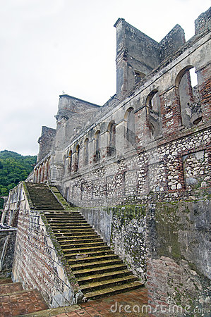 Free Sans-Souci Ruins At Milot, Haiti Royalty Free Stock Image - 37435636