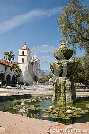 Free Santa Barbara Mission Royalty Free Stock Photography - 1044057