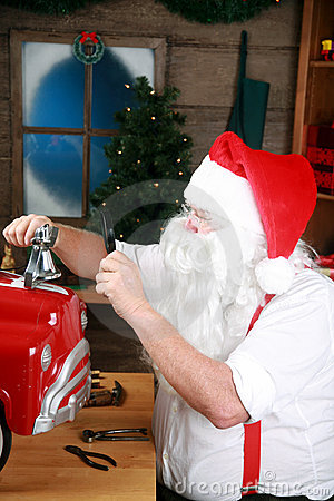 Free Santa Claus At Work Royalty Free Stock Photos - 10913968