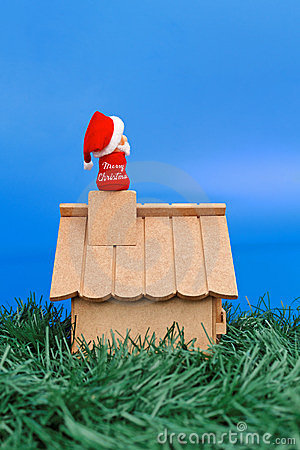 Free Santa Claus Seating On A Chimney Royalty Free Stock Images - 23512799