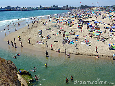 Santa Cruz Beach on 4 th of July weekend Editorial Image
