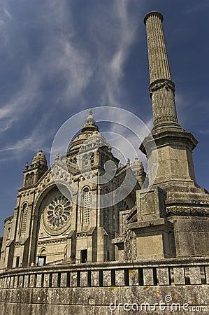 Santa Luzia basilic. Viana do