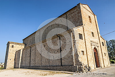 Santa Maria a pie di Chienti (Macerata) - Church