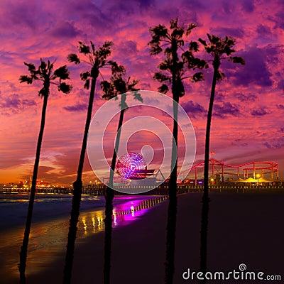 Free Santa Monica California Sunset On Pier Ferrys Wheel Royalty Free Stock Photo - 33856675