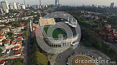 Sao Paulo, SP, Brazilië, Augustus, 2017 Luchtmening van het Gemeentelijke Stadion van Pacaembu, genoemd Paulo Machado de Carvalho stock video