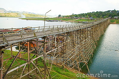 Saphan mon wooden bridge