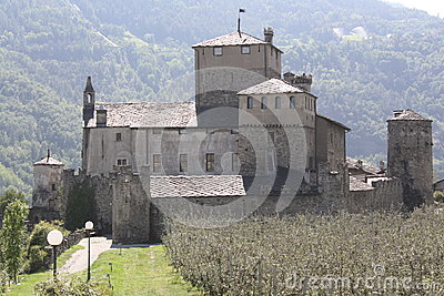 Sarriod de la Tour Castle