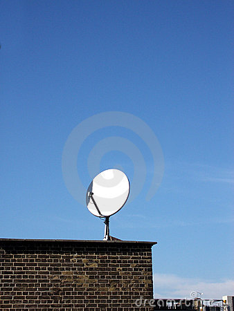 Free Satellite Dish Royalty Free Stock Images - 113489