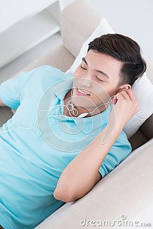 Satisfeito com música