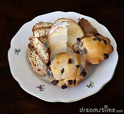 Saucer with cake assortment