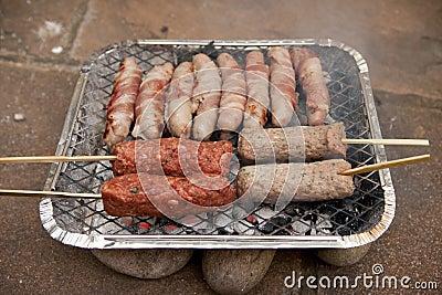 saucisse de chiche kebab de barbecue de bbq jetable image stock image 32324141. Black Bedroom Furniture Sets. Home Design Ideas