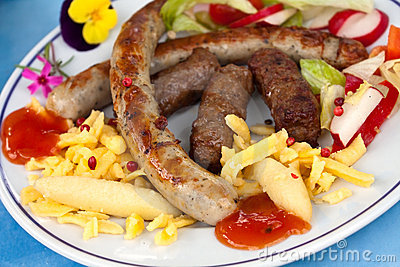 Sausage and minced meat-hamburger with dumplings