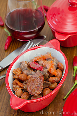 Sausages with meat and beans