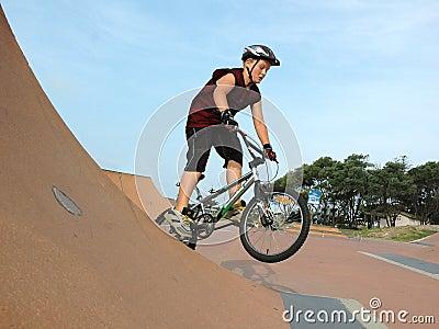 Saut de BMX