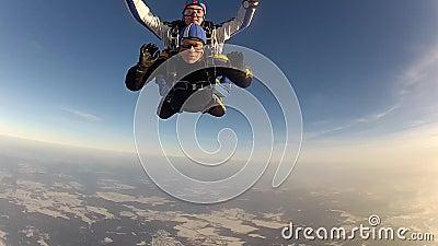 SAUT DE PARACHUTE Parachutiste dans l'automne gratuit