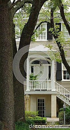 Free Savannah Home Entrance Stock Photography - 10408202
