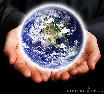 Free Save The Earth Concept - Hands And Glowing World Royalty Free Stock Images - 7011329