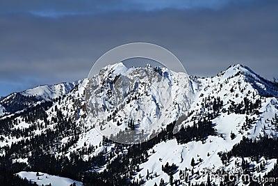 Sawtooth Peaks
