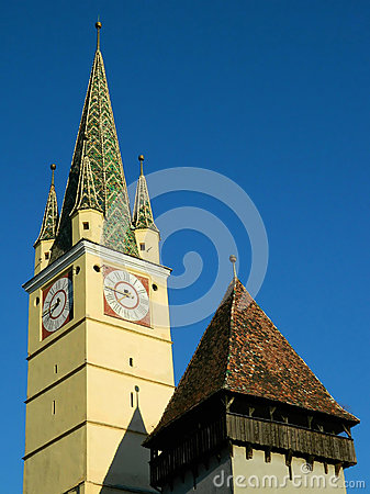 Free Saxon Tower With Smaller Tower Nextt To It In Medias, Romania Royalty Free Stock Photography - 67594607
