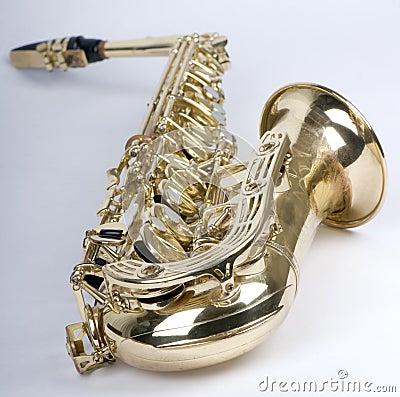 Saxophone supine