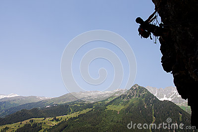 Scalata di roccia di estate
