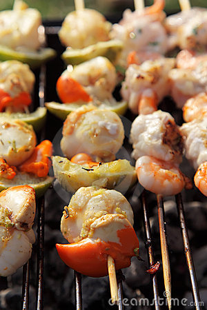 Scallop, prawns, lemon and fish bbq