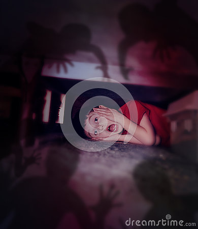 Free Scared Boy Looking At Night Shadows Under Bed Royalty Free Stock Image - 41867156