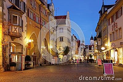Scena della via in Lindau, Germania Immagine Editoriale
