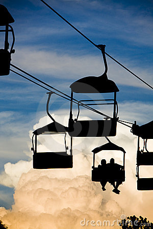 Free Scenic Chair Lift Royalty Free Stock Photography - 9253547