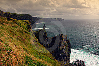 Scenic sunset view of the cliffs of moher, ireland