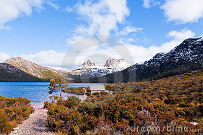 Scenic view of Cradle Mountain, Tasmania