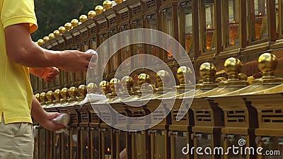 Schöne traditionelle Kerzen Große Reihe von Kerzen Chinesische Kultur stock footage