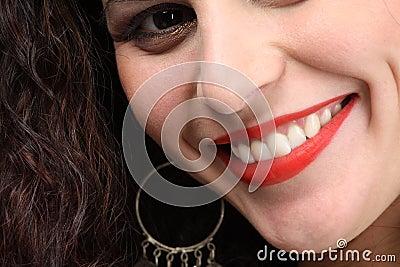 Schönes toothy Lächeln