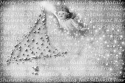 Scheda di angelo con i saluti in molti linguaggi