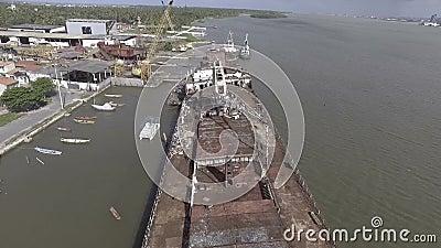 Schiffbruch in Barra DOS Coqueiros stock video footage