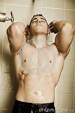 Schlagen Sie die Duschen