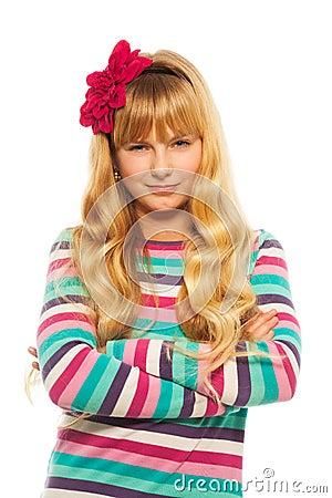 Schlaues blondes Mädchen