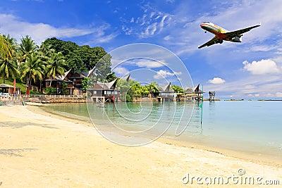 Schöne Seeansicht und Flugzeuglandung