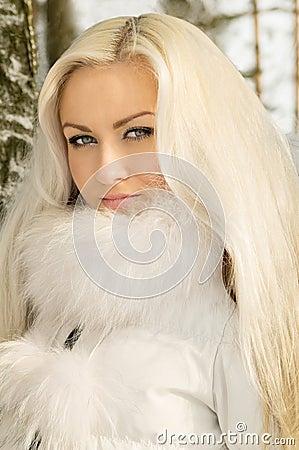 lizenzfreie stockbilder jugendliches blondes mdchen image