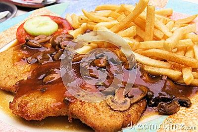 Schnitzel with muchroom sauce