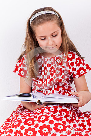 Schoolgirl reading book