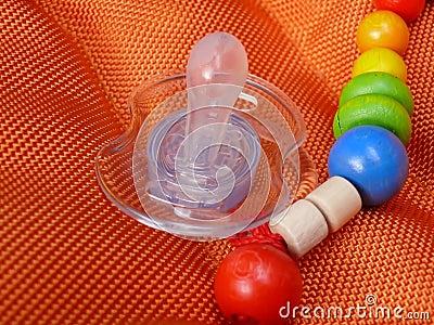 Schätzchenspielzeug und -friedensstifter