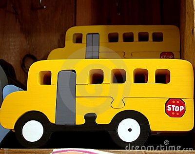 Schulbusspielzeug