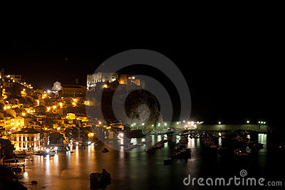 Scilla castle taken by a night Shot