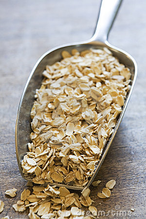 Scoop of oats